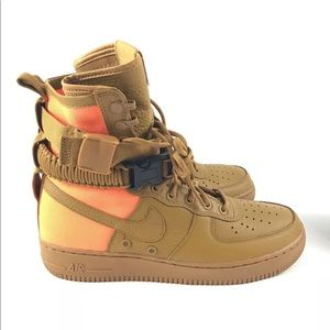 Nike Mens SF AF1 QS Field Air Force 1